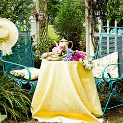 Creating a Vintage Vibe in your Garden
