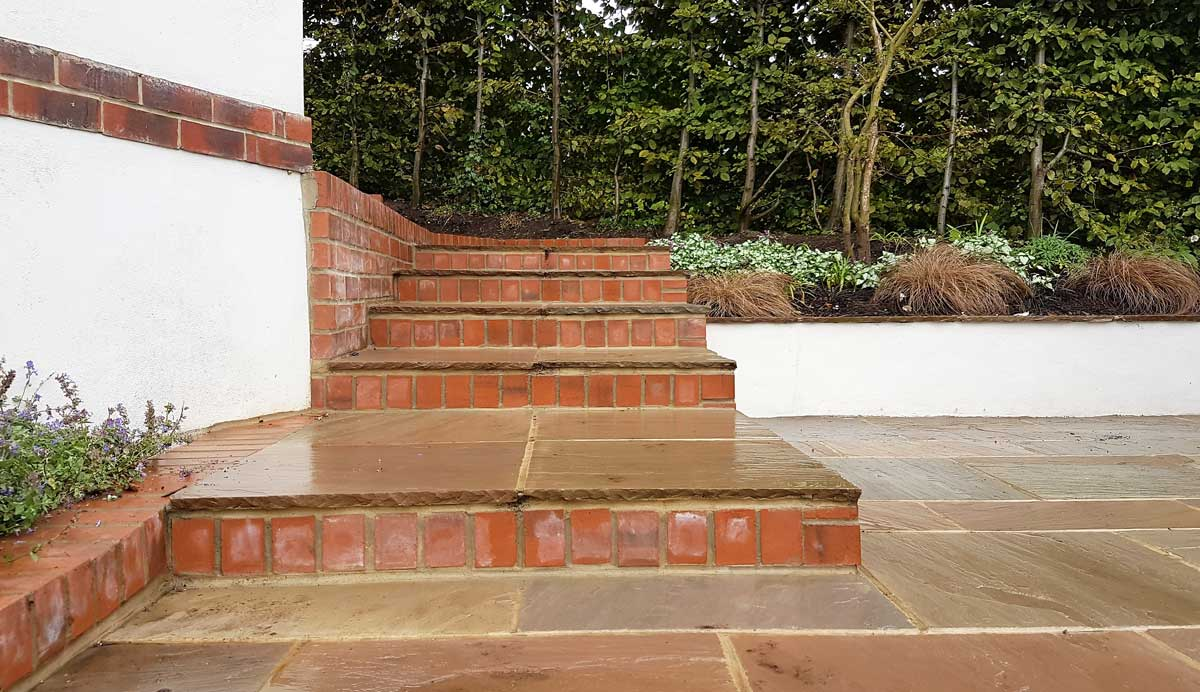 Country_vibe _garden_East_Keswick _patio_steps_3