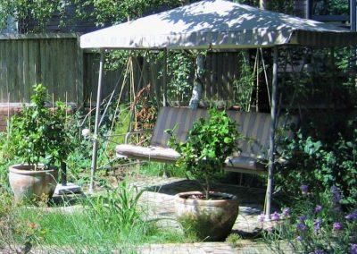 5.-Green_Woodland_Oasis_shady-seating
