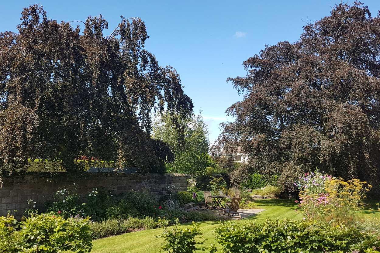 North Leeds Garden Design - A new seating area - Harrogate