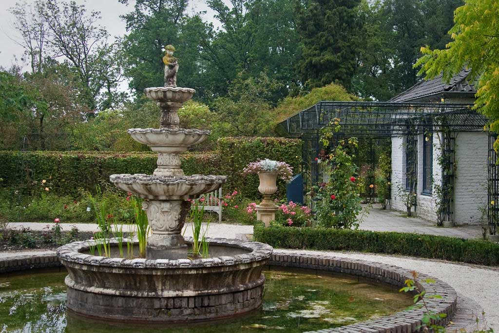 Favourite-Gardens-in-Europe-4